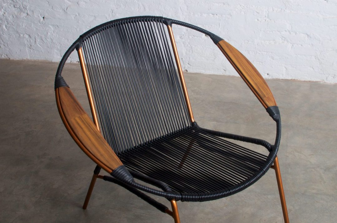 Solido Black Chair