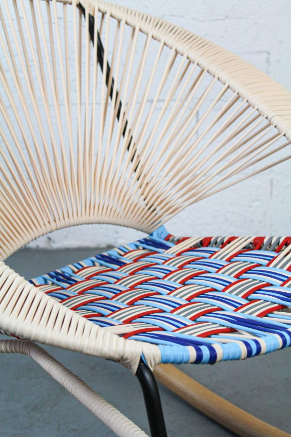 Tres Muy Bonito Rocking Chair
