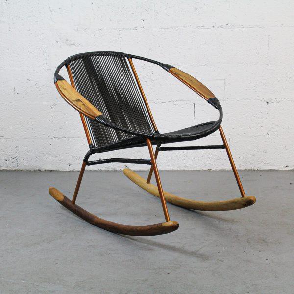 Solido Black Rocking Chair